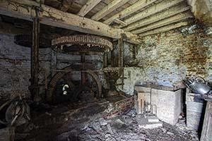 Forgotten mill urbex