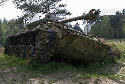 Urbex lost tanks